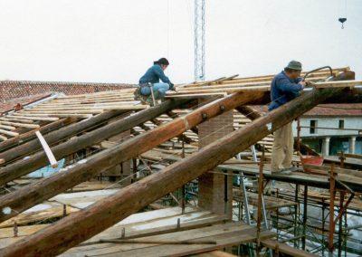 restauro-del-rustico-di-villa-cordellina-lombardi-tetto2
