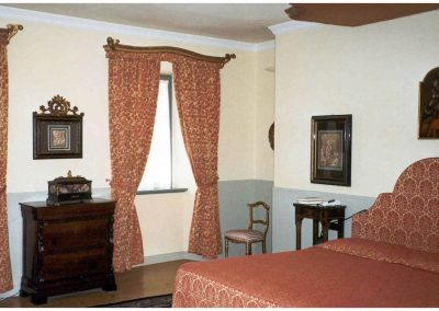 restauro-ed-arredo-di-un-palazzo-cinquecentesco-a-ville-del-monte-letto