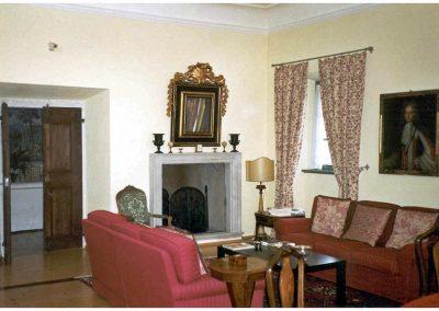 restauro-ed-arredo-di-un-palazzo-cinquecentesco-a-ville-del-monte-soggiorno2