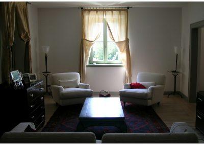ristrutturazione-di-una-villa-in-via-dei-giardini-soggiorno