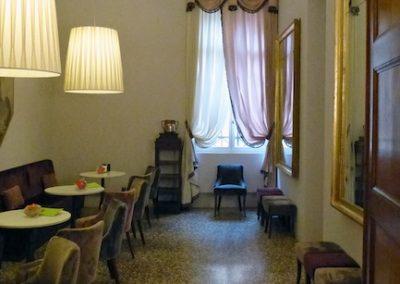museo-correr-arredo-della-caffetteria-10