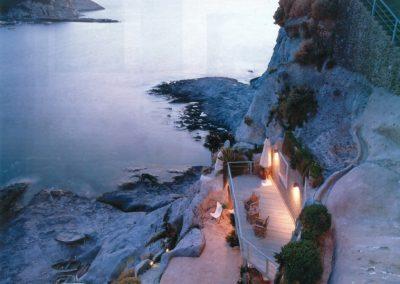 Una casa nella scogliera a Ponza